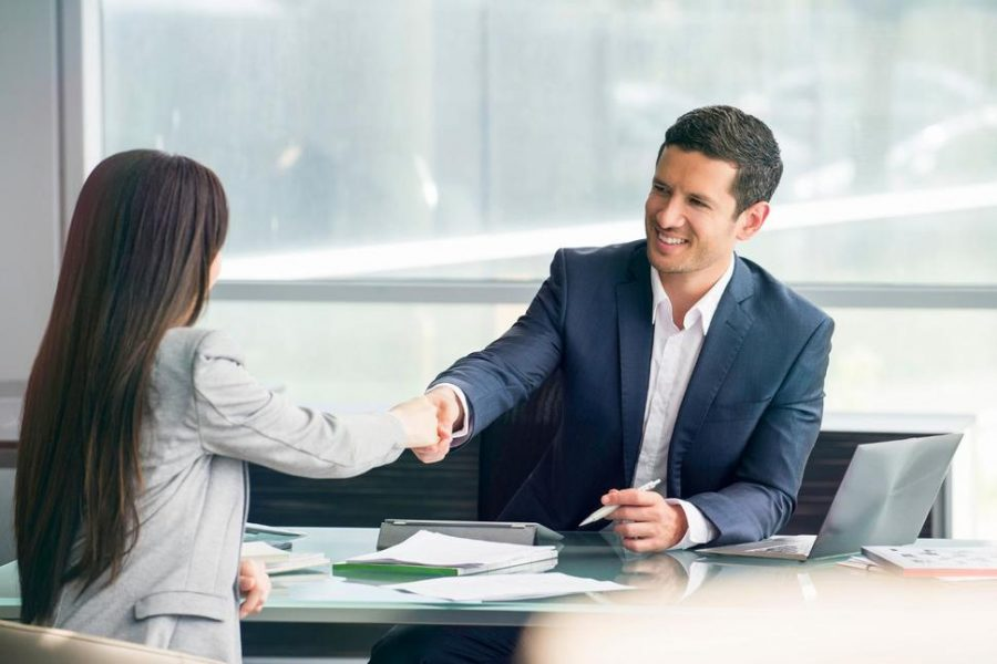 6 things to consider before hiring a good real estate lawyer